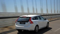 Volvo V60 Plug-in Hybrid - Immagine: 6