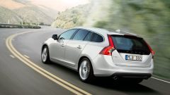 Volvo v60 Plug-in Hybrid - Immagine: 14