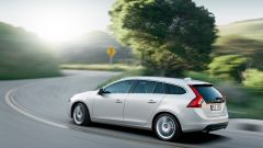 Volvo v60 Plug-in Hybrid - Immagine: 8