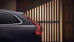 Volvo V90 2020, nuovi fari posteriori