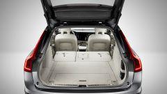 Volvo V90 Cross Country: la capienza massima del vano bagagli è di 1526 litri.