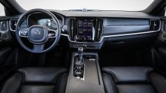 Volvo V90 Cross Country: la plancia