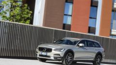 Volvo V90 Cross Country: la station con l'assetto rialzato - Immagine: 2
