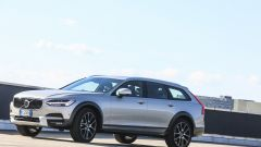 Volvo V90 Cross Country: la station con l'assetto rialzato - Immagine: 24