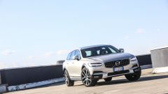Volvo V90 Cross Country: la station con l'assetto rialzato - Immagine: 26