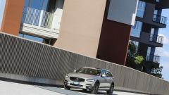 Volvo V90 Cross Country: la station con l'assetto rialzato - Immagine: 27