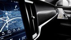 Volvo V90 e S90 R-Design: gli interni vantano pelli pregiate, pedaliera sportiva e finiture più lussuose