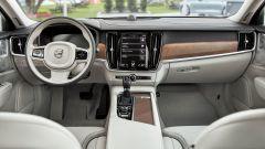 Volvo V90: molto pulito lo stile dell'interno
