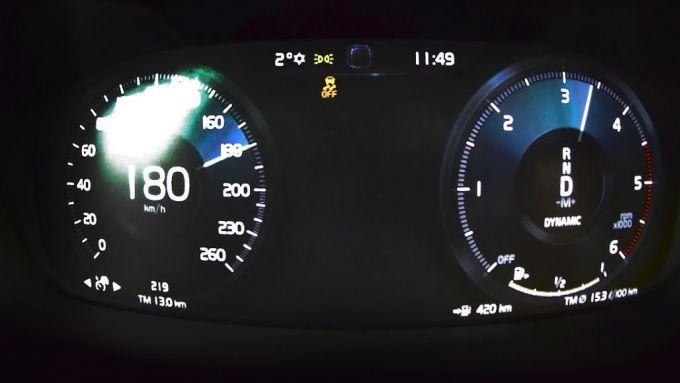 Volvo, velocità massima autolimitata a 180 km/h