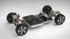 Volvo XC40 Recharge, cresce l'autonomia e arriva dal cielo - Immagine: 2