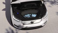 Volvo XC40 Pure Electric, perché sì e perché (ancora) no. Prova video - Immagine: 26