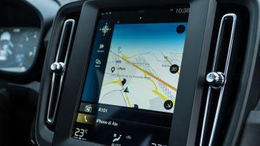 Volvo XC40 T3: il display a colori del sistema infotainment