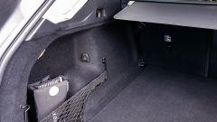 Volvo XC60 AWD Momentum Pro, dettaglio del bagagliaio