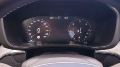 Volvo XC60 AWD Momentum Pro, dettaglio della strumentazione
