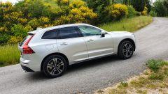 Volvo XC60 AWD Momentum Pro, la prova su strada