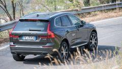 Volvo XC60: vista 3/4 posteriore