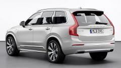 Volvo XC90 2019: vista 3/4 posteriore