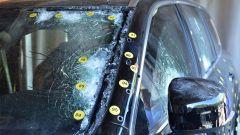 Volvo XC90 blindata i test contro gli spari