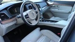 Volvo XC90  D5 AWD Inscription: gli interni