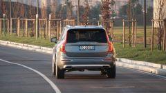 Volvo XC90 D5 AWD Inscription: una delle code più riuscite tra i SUV taglia XL