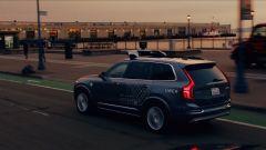 Volvo XC90: la suv è infarcita di sensori, telecamere e radar