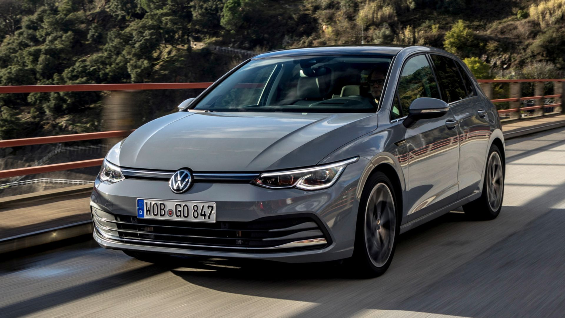 vw golf 8 2021: novità motori diesel e benzina mild hybrid