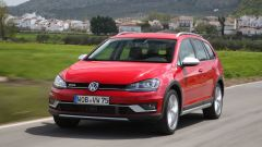 VW Golf Variant: una station, tre anime - Immagine: 13