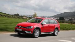 VW Golf Variant: una station, tre anime - Immagine: 16
