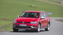 VW Golf Variant: una station, tre anime - Immagine: 14