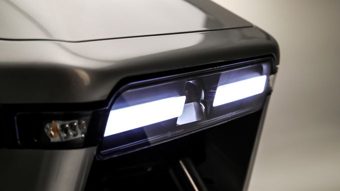 WOW 774 e 775 hanno gruppi ottici full LED