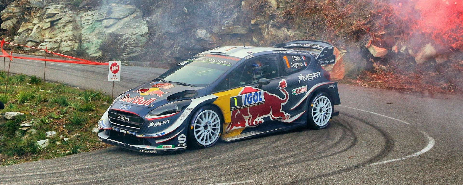 wrc 2018 rally di corsica ogier e ford davanti a tutti nella prima giornata motorbox. Black Bedroom Furniture Sets. Home Design Ideas