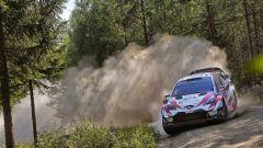 WRC 2018: Tanak e la Toyota vincono il duello contro la Citroen per la 1° posizione