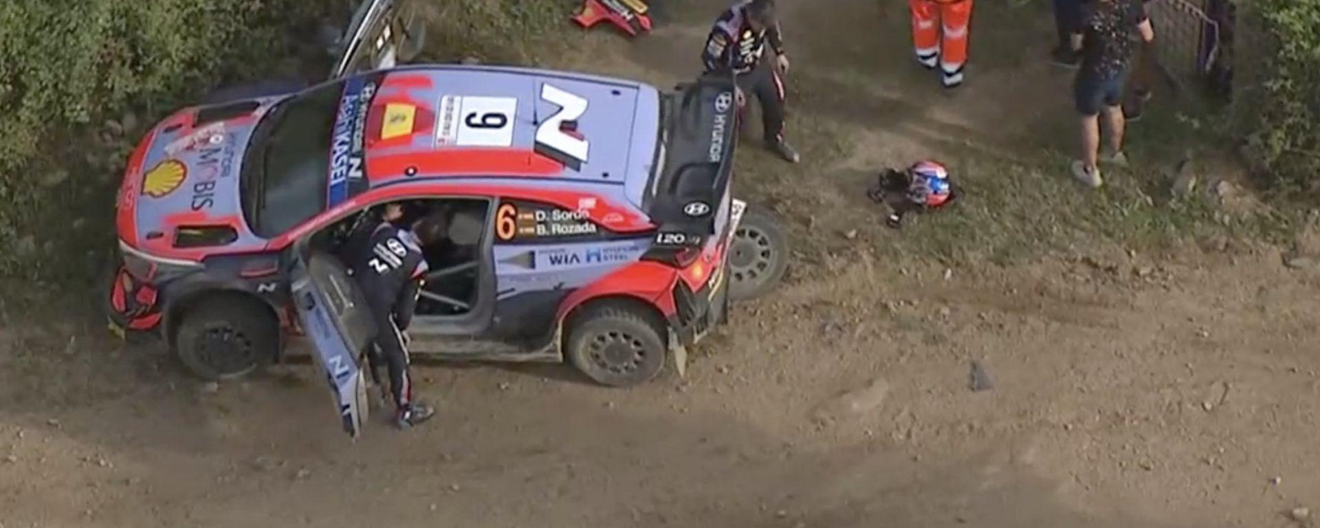 WRC, Rally Italia 2021: Dani Sordo dopo l'incidente