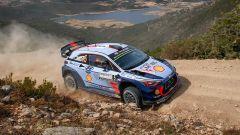 WRC Sardegna 2017: navigatori Hyundai i20 WRC per un giorno - Immagine: 1