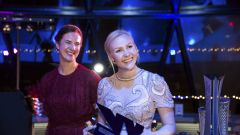 WSeries Gala_Emma Kimilainen riceve premio Driver of the Year