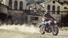 XSR700 XTribute omaggio agli anni '70