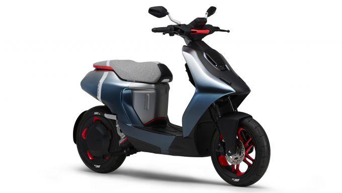 Scooter elettrico Yamaha E02