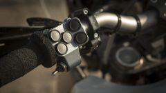 Yamaha Concept Adventure T7: dettaglio dei comandi
