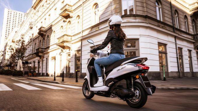 Yamaha D'elight 125 2021: il peso è di soli 101 kg