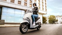 Yamaha D'elight 125 si rinnova: peso piuma e prezzo sotto i 3.000 euro - Immagine: 7
