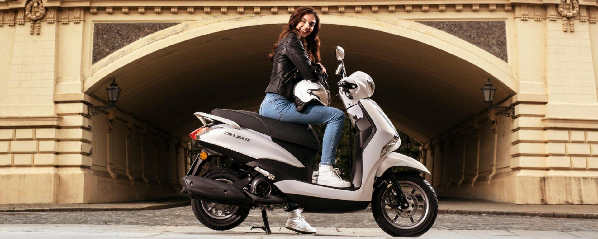 Yamaha D'elight 125 si rinnova: peso piuma e prezzo sotto i 3.000 euro
