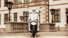 Yamaha D'elight 125 si rinnova: peso piuma e prezzo sotto i 3.000 euro - Immagine: 14