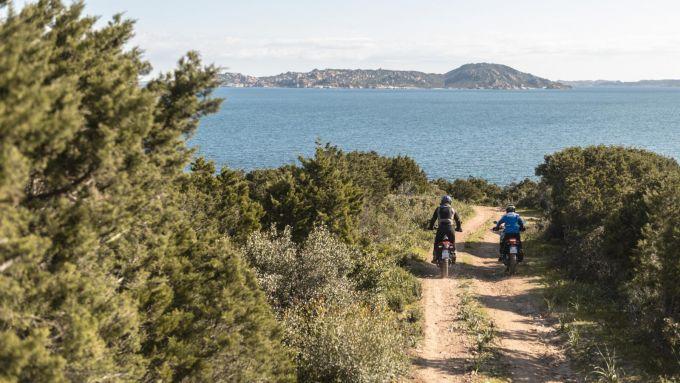 Yamaha e il suo... parco giochi sull'isola di Culuccia, in Sardegna