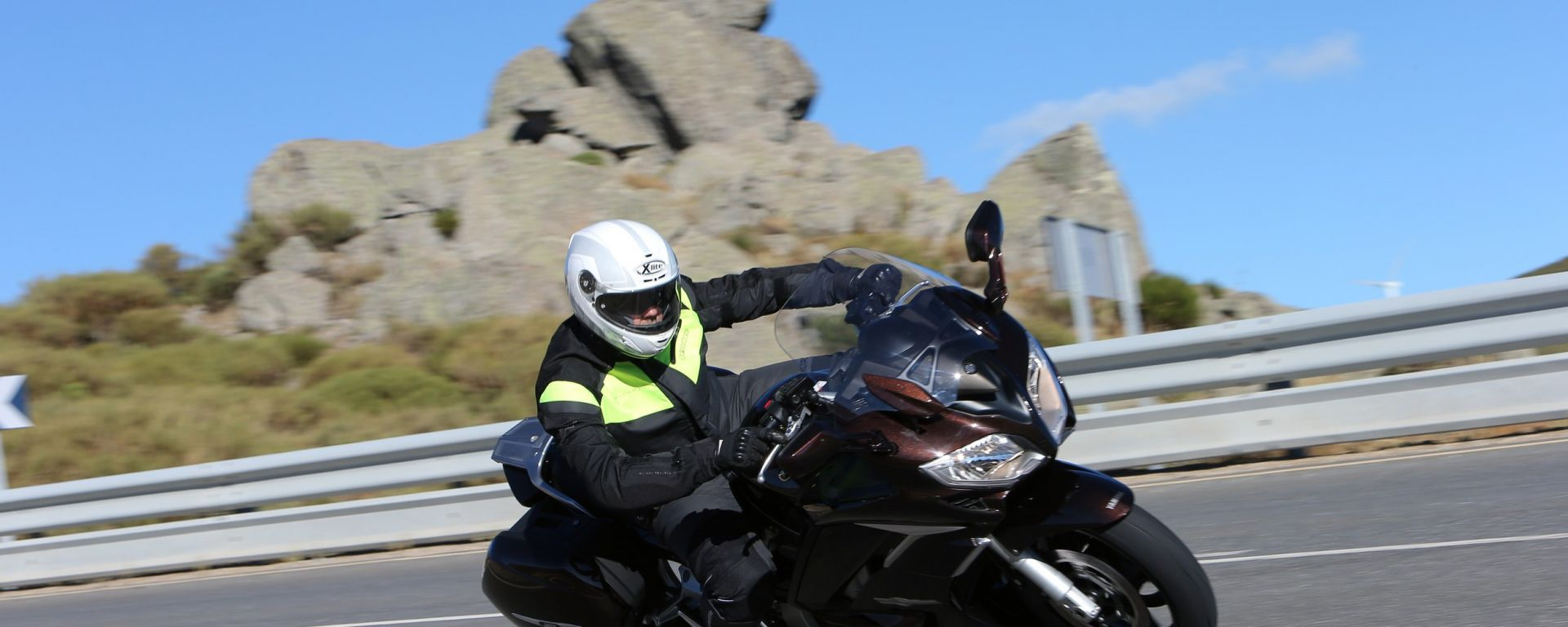 Yamaha FJR 1300 2013, ora anche in video
