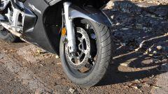 Yamaha FJR1300A, ruota anteriore