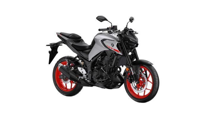 Yamaha MT-03: rinnovata ciclistica e motore Euro5