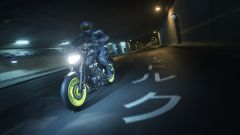 Yamaha MT-07 2018: si è rifatta il look [VIDEO] - Immagine: 30