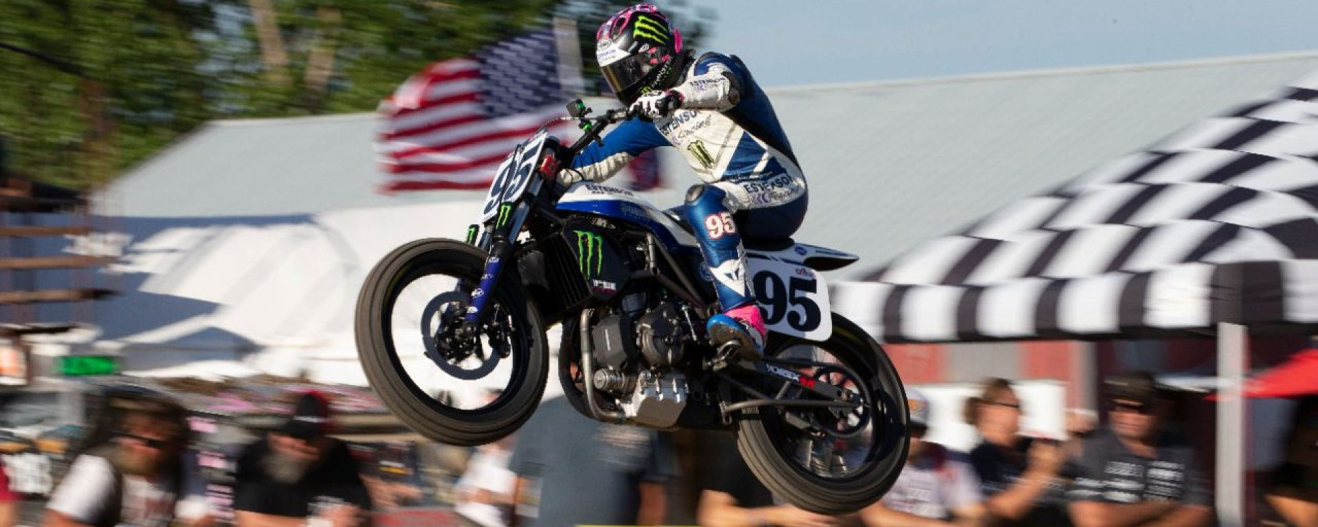 Yamaha MT-07 DT, da concept a vincitrice nelle gare di Flat Track