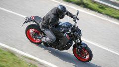 Yamaha MT-09 2021: sempre ibrida la posizione di guida
