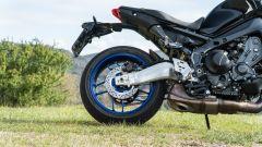 Yamaha MT-09 SP 2021: il nuovo forcellone con finitura spazzolata